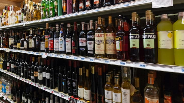 Connecticut liquor challenge faces hurdles