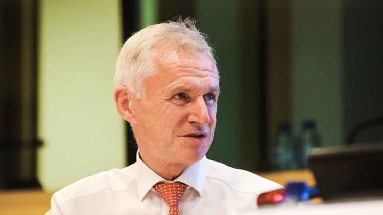 "EU case law ""Jurassic"", says Lowe"