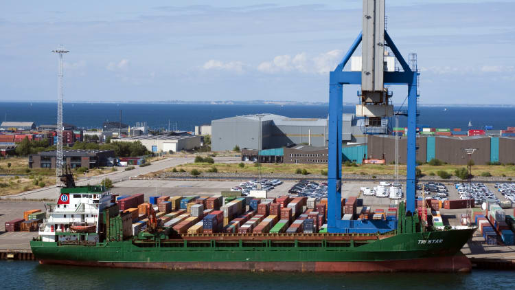 South Africa changes course on shipping deal