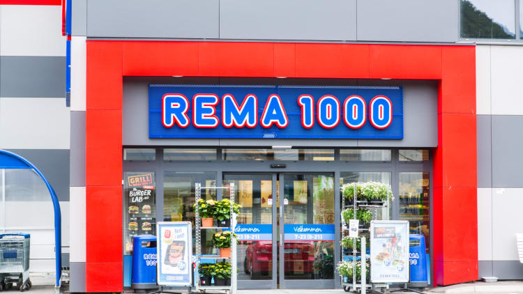 Norway raids grocery retailers