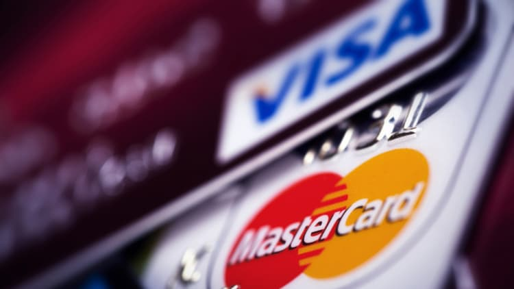 Visa and MasterCard interchange fees restricted competition, English court rules