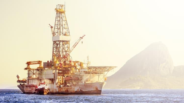 Offshore company hires Drew & Napier for Singapore scheme - GRR