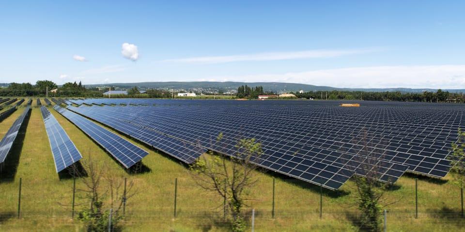 Hong Kong award enforced in dispute over solar IPO