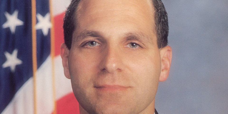 Workers object to Louis Freeh's involvement in VW emissions probe