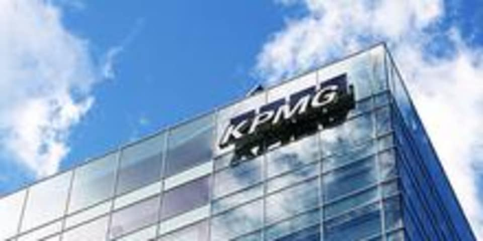 "KPMG missed ""red flags"" in Gupta audits"