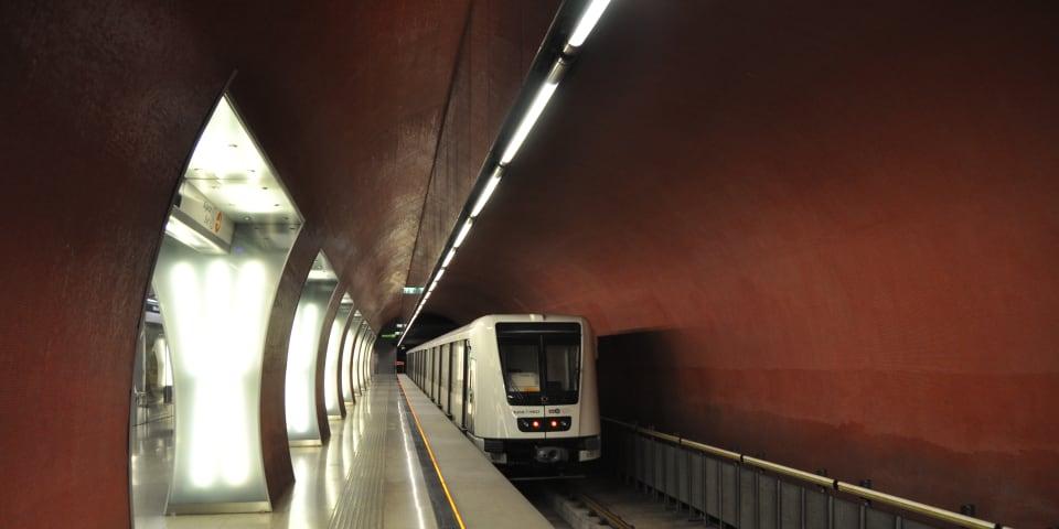 Budapest's €1.7 billion train line under fraud investigation