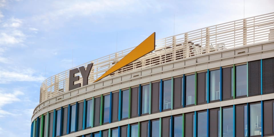 EY gets green light to fight $11 million payout to former executive