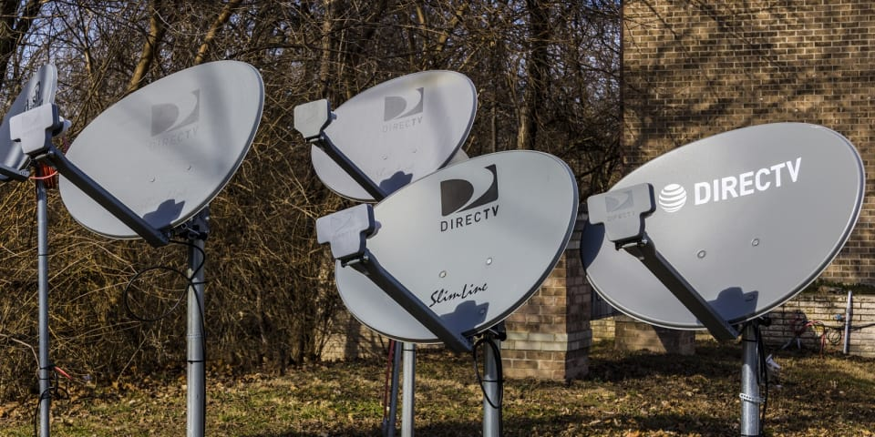 17 firms in DirecTV US$1 billion notes issuance
