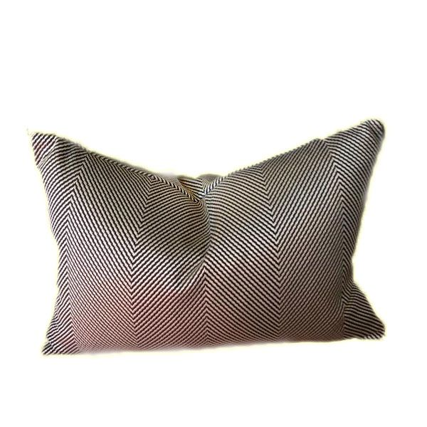 Rectangular Herringbone Cushion - Elegant and chic decoration to your lounge