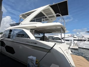 Absolute Yachts 58 Fly