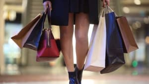With a touch of tech, Neiman Marcus keeps luxury shoppers coming back