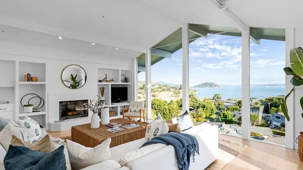 Luxury buyers ramp up the competition in California's Bay Area
