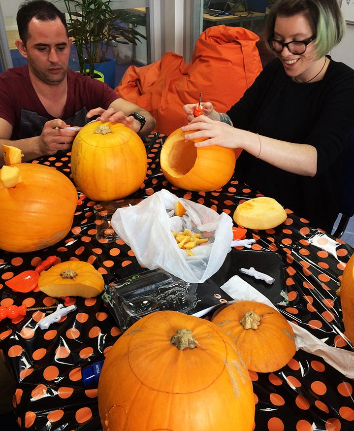 PumpkinCarving2_1.jpg#asset:346