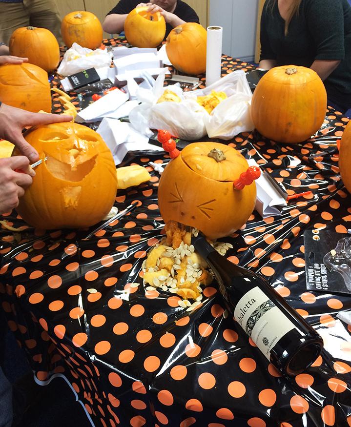PumpkinCarving4_1.jpg#asset:348