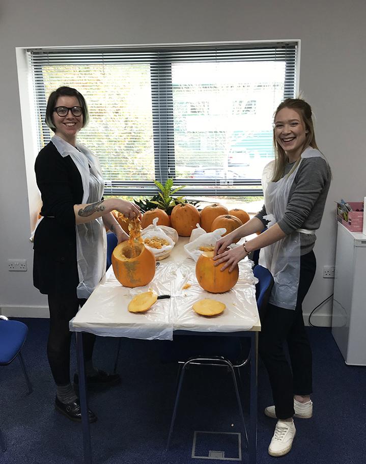 PumpkinCarving5_1.jpg#asset:349