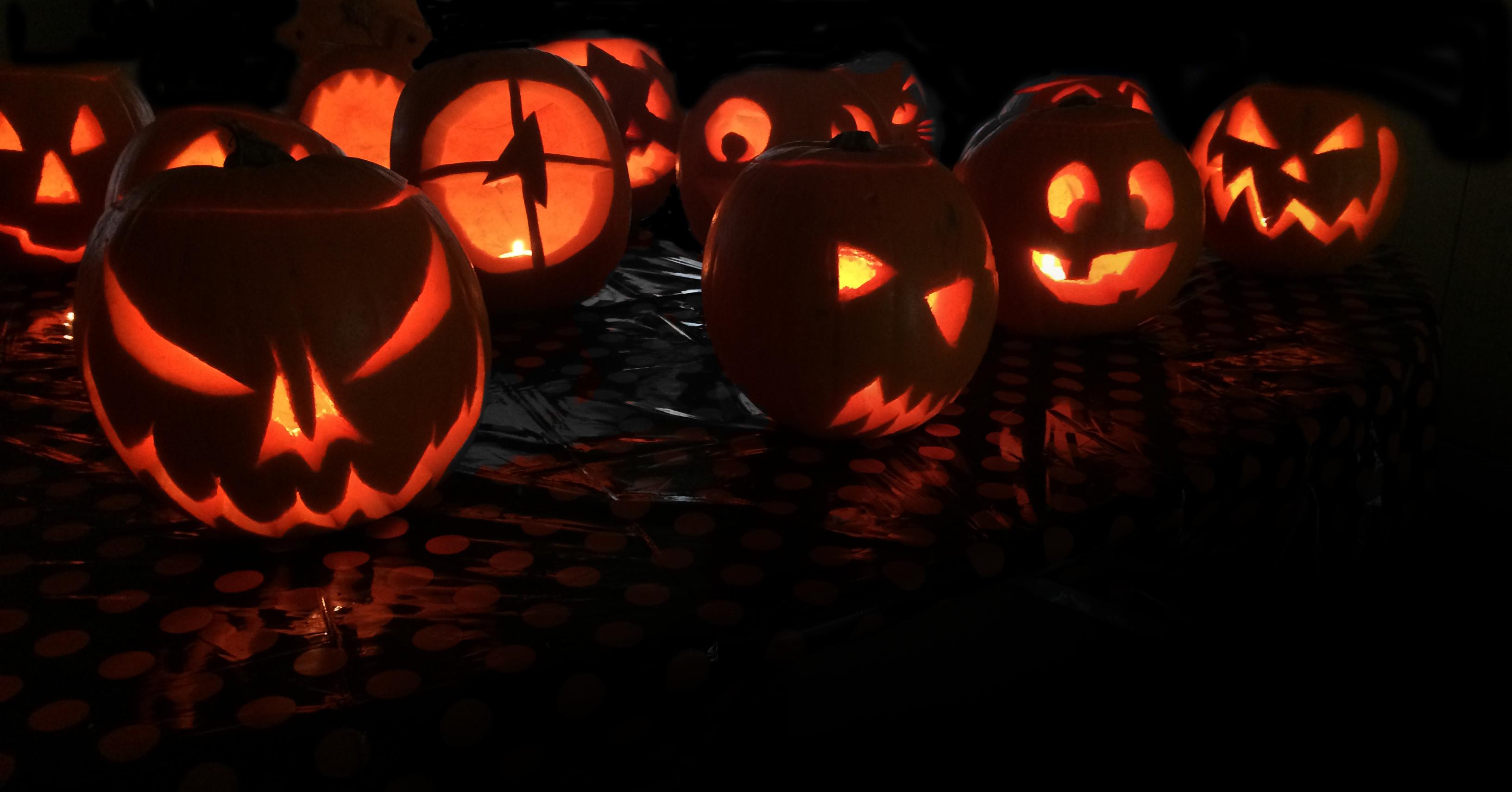 PumpkinCarving7.jpg#asset:339