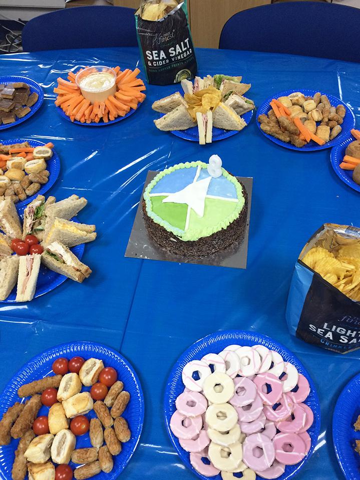 cake-snacks.jpg#asset:360
