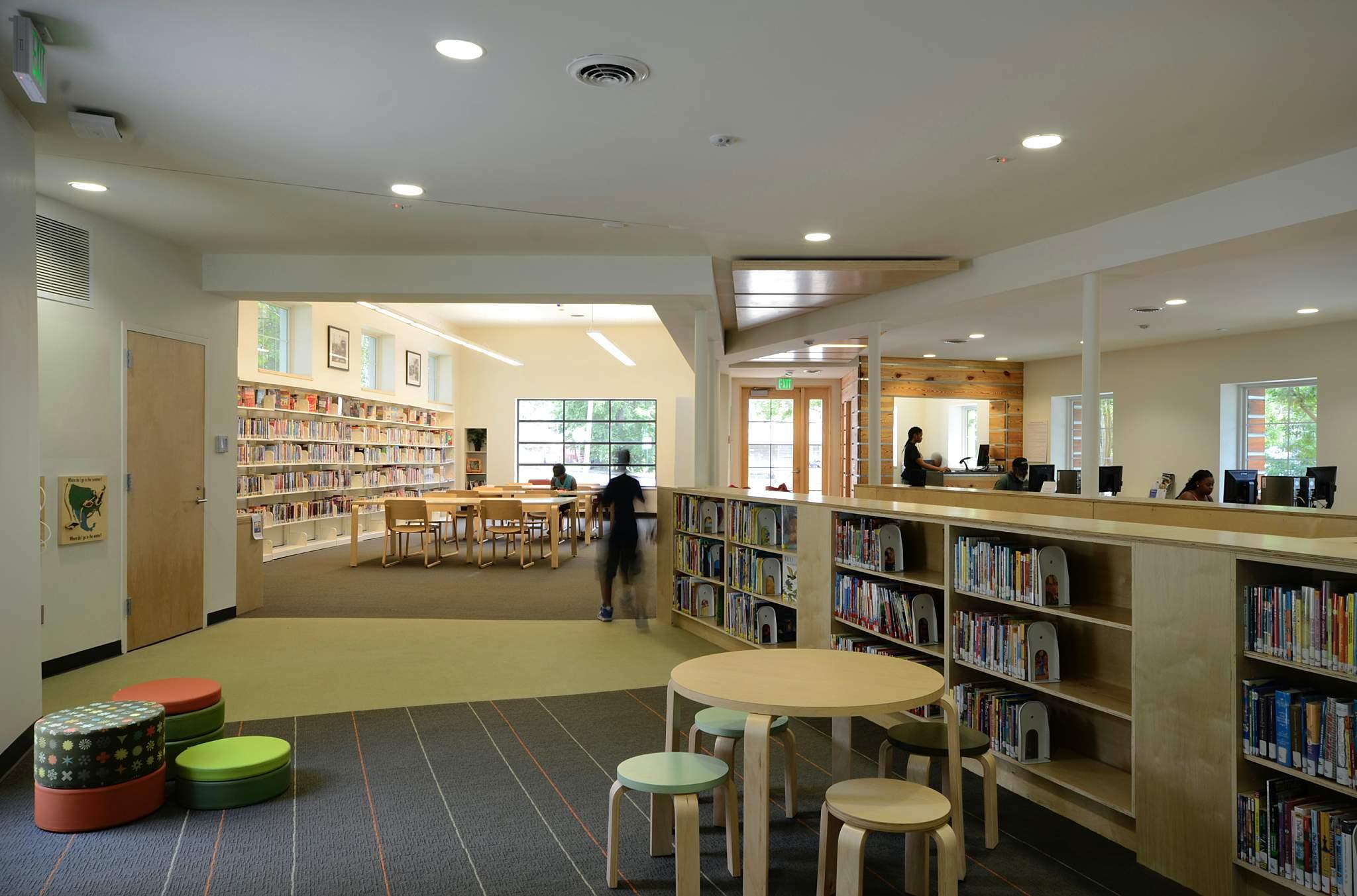 Inglenook Branch Library