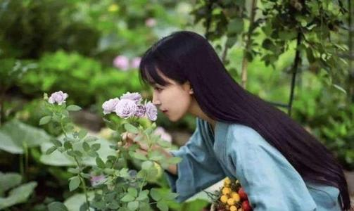Li Ziqi: amazes world with China countryside life