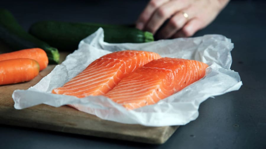 Salmon and carrots with astaxanthin antioxidant