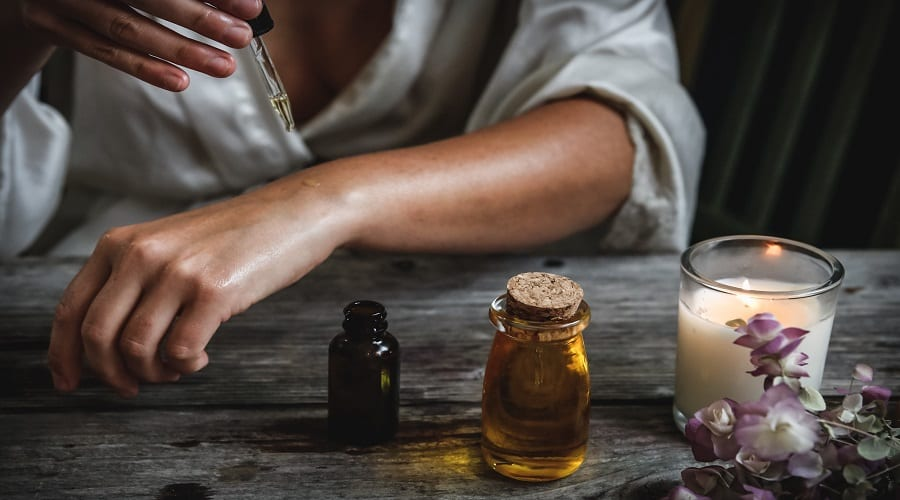 The Use of Natural Oils on the Skin