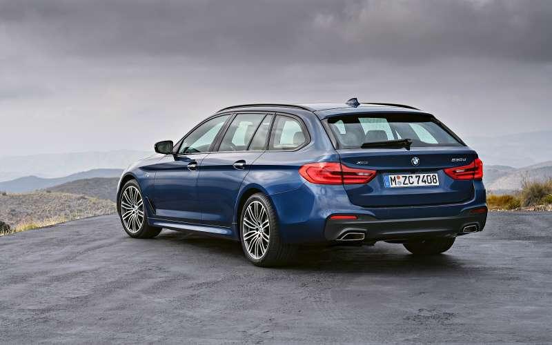 BMW 5 Series Touring (2017)