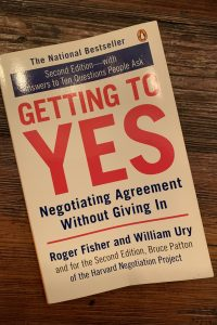 book cover of Getting to Yes: Negotiating Agreement Without Giving In