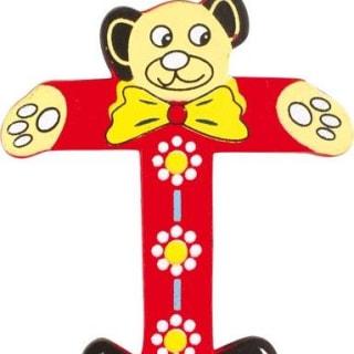 Lettre T en bois rouge motif petit ourson 6cm