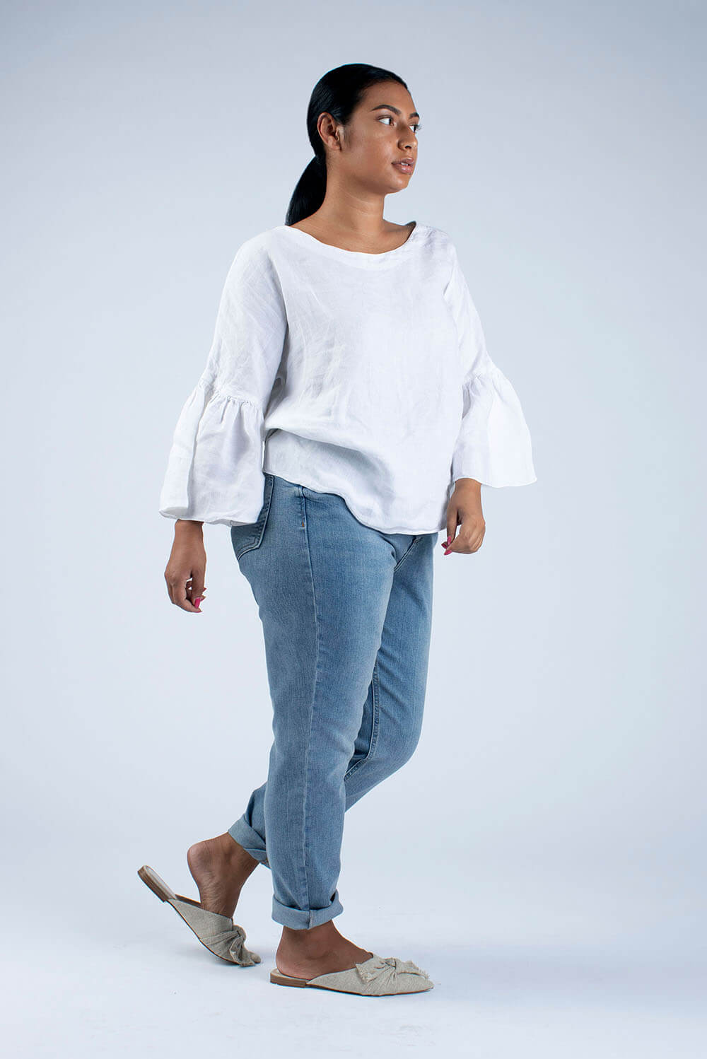 ready to sew white linen scoop neck blouse