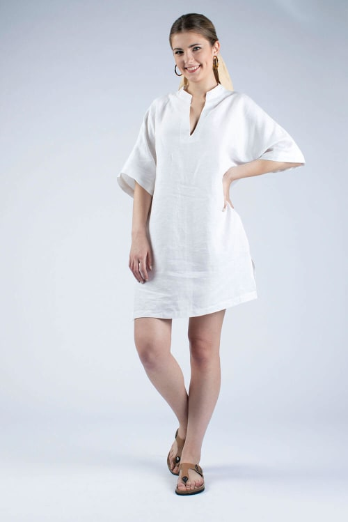 white linen tunic with collar Helen