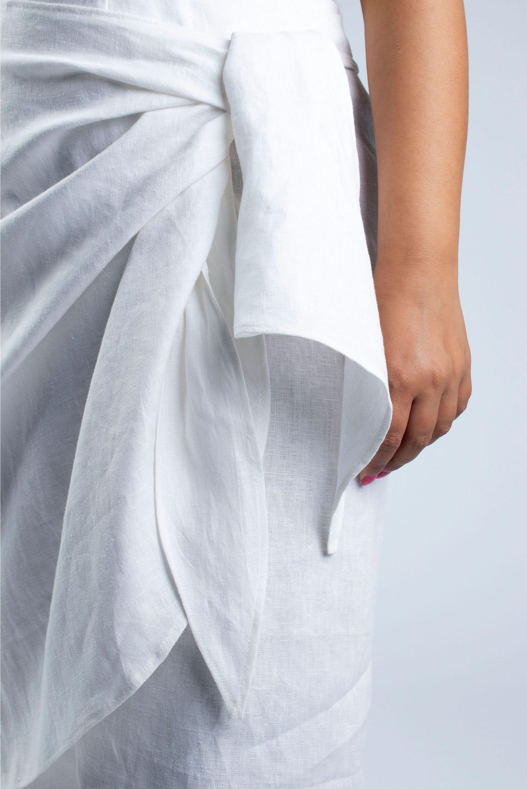 Lydia S-M linen skirt detail
