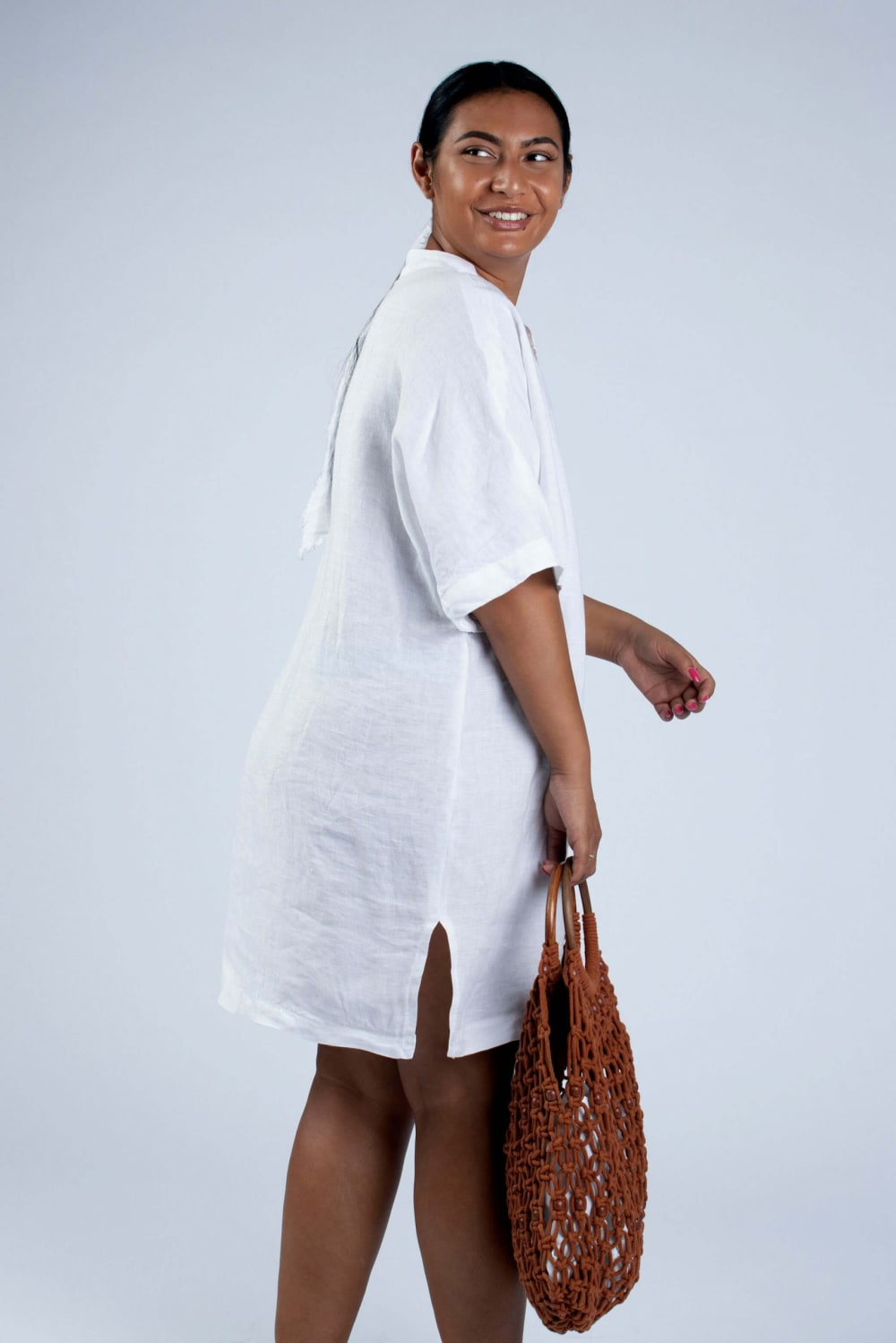Helen white linen tunic side view