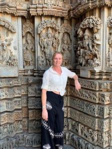 Lady at hindu temple
