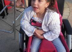 Soutient pour le confort de Léa atteinte d' une maladie Neurodégénérative