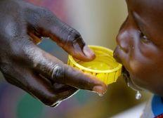 De l'eau pour Conakry (Forage de puits)