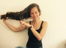 Haarspende fuer krebskranke Kinder