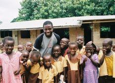 Jedes Kind hat ein Recht auf Bildung - hilf uns eine Schule in Ghana fertigzustellen!