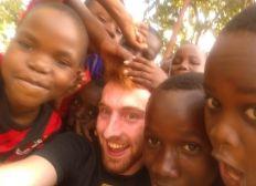 Tansania - Hilfe für den Sport