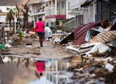 Pour la reconstruction d'une école sur l'île Saint-Martin