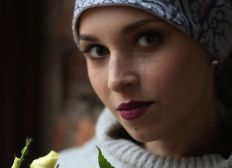 Help Elena Moeseeva