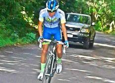 Donación a ciclista