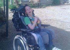 Rollstuhlgerechter Umbau unseres Busses mit Rampe und Rollstuhlrückhaltesystem