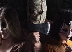 Watch The Strangers: Prey at Night Full Movie
