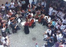 Geigen statt Gammeln- Musikunterricht für Kinder aus ärmeren Verhältnissen, Argentinien