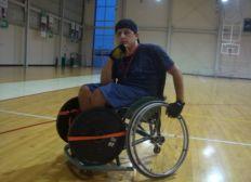 Ayuda para una silla de ruedas