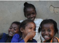 Support health centers in Ambinanindrano & Imady with Esperanza Joie des Enfants,