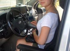 Une voiture adaptée pour Alaïs