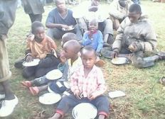 Street children help project