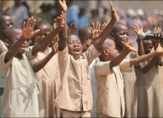 An act, a smile, hope for 100 pupils in Togo