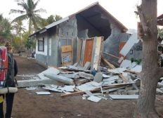 Aide aux victimes des séismes en Indonésie / Help indonesia